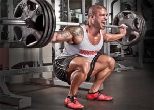 Клекът е базово упражнение за крака, без което просто не може!